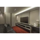 iluminação em sala de tv planejada Valinhos