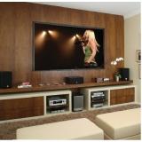 sala de cinema residencial pequena Cosmópolis