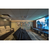 sala de tv planejada moderna e sofisticada orçar Pedreira