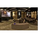 home theater planejado em sala Morungaba