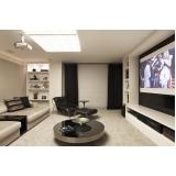 salas de tv iluminação planejadas Morungaba
